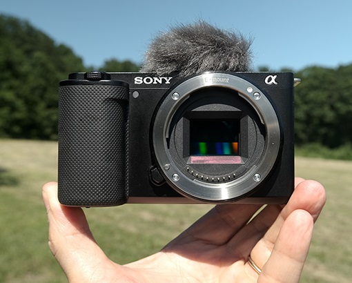 Sony ZV-E10 front view