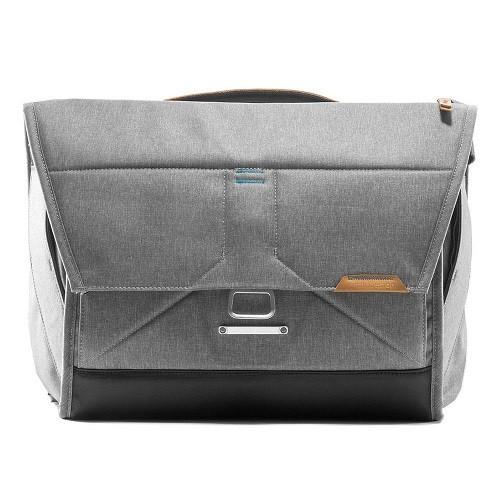 "Peak Design The Everyday Messenger 15"" Ash"